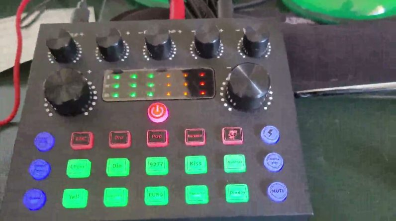 Podcast Equipment Bundle, Live Streaming Audio Interface, a fun podcast kit for children or teenager